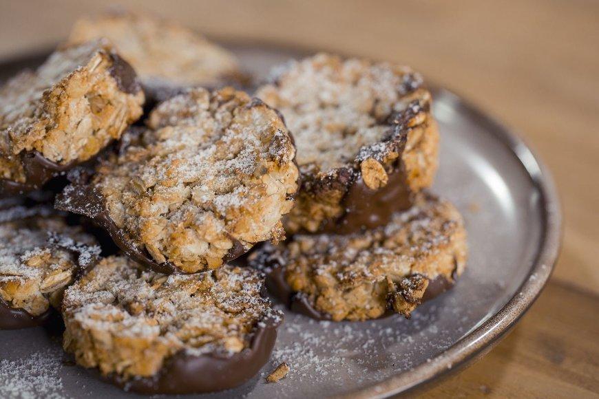 Sveikuoliški sausainiai su šokoladu
