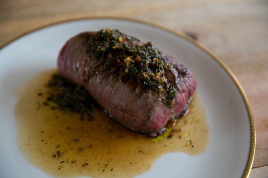 Mėsa su argentinietišku padažu