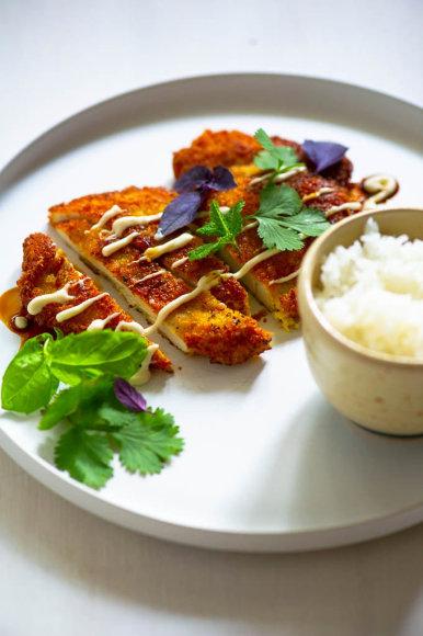 """Vištienos šnicelis su""""wasabi""""ir sezamų aliejumi"""