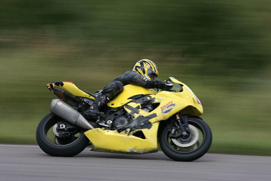 Akimirkos iš motociklų lenktynių