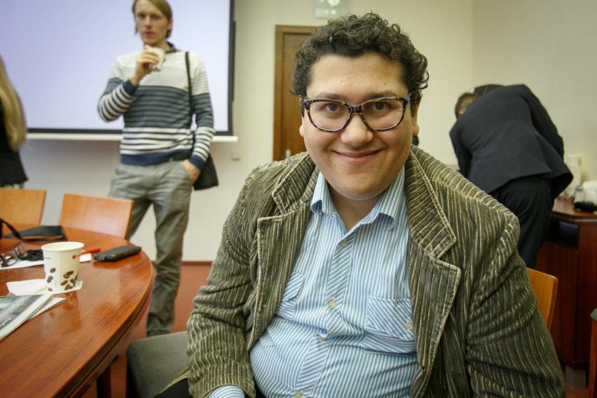 Eriko Ovčarenko/15min.lt nuotr./Kauno meras savo kėdę užleido studentui
