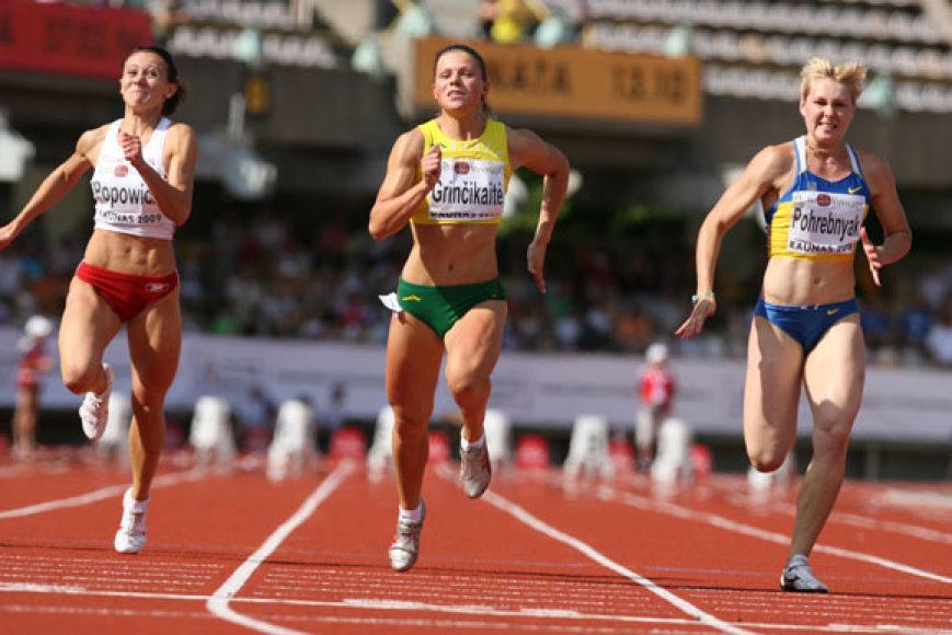 Šimto metrų bėgimo rungties nugalėtojos Linos Grinčikaitės triumfas