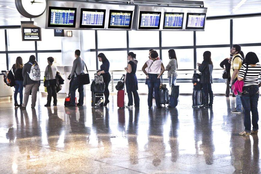 123rf.com/Madrido Bajaras oro uostas