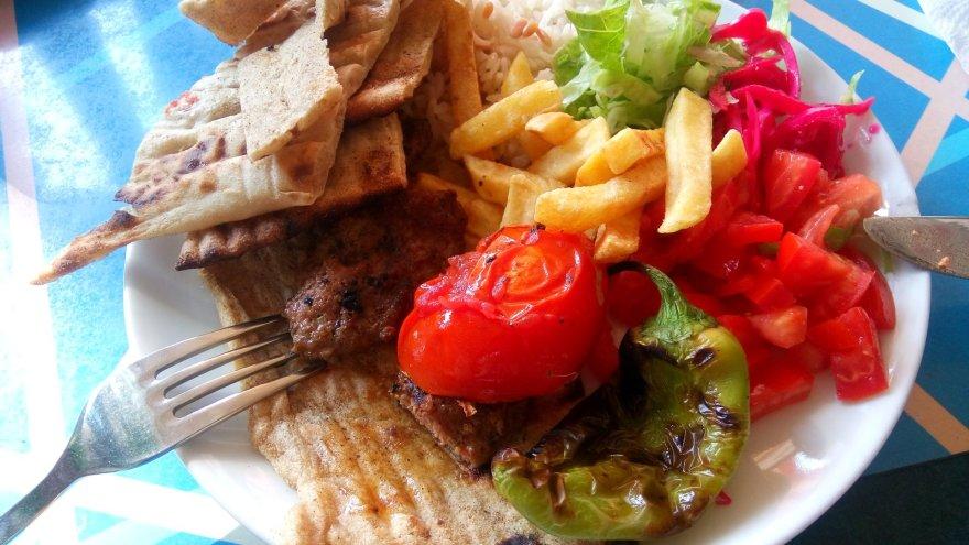 Autorės nuotr./Skanus maistas – vienas iš Alanijos privalumų