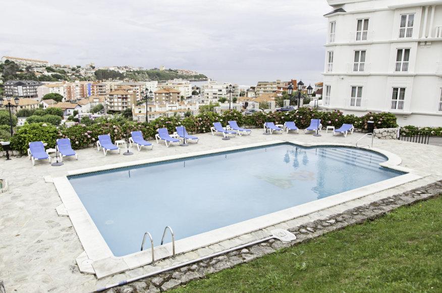 Fotolia nuotr./Dauguma viešbučių turi nemokamus baseinus
