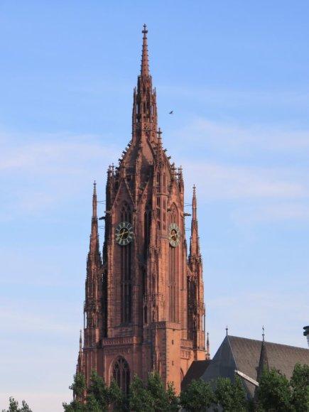 Saulės Paltanavičiūtės nuotr./Frankfurto katedra, arba Šv. Bartalomėjaus katedra