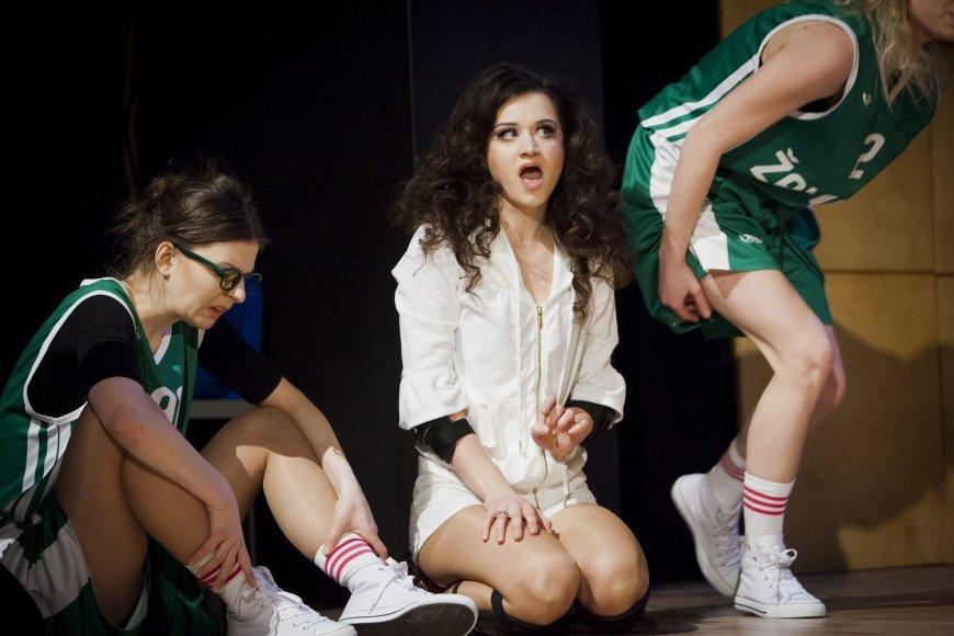 Donato Stankevičiaus nuotr./Spektaklyje vaidina vien moterys