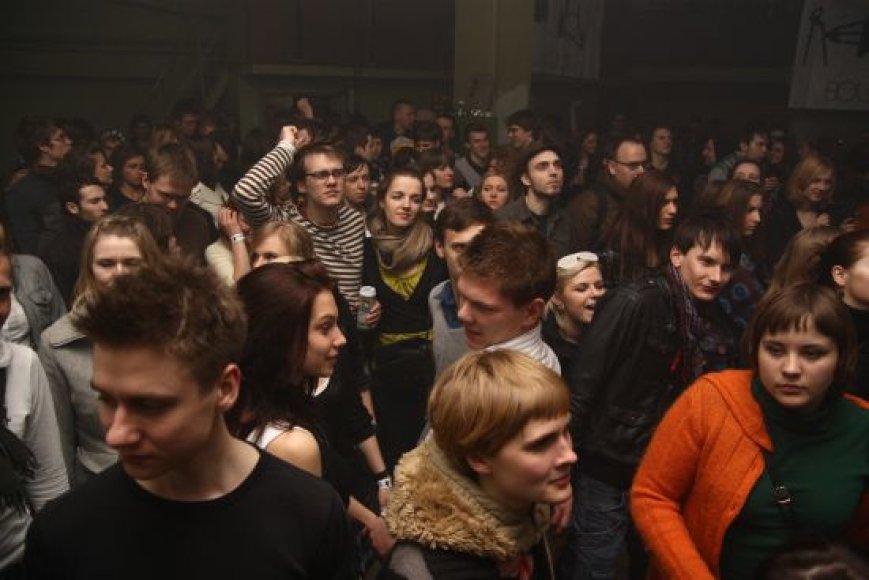 Vakarėlis su Partyzanais