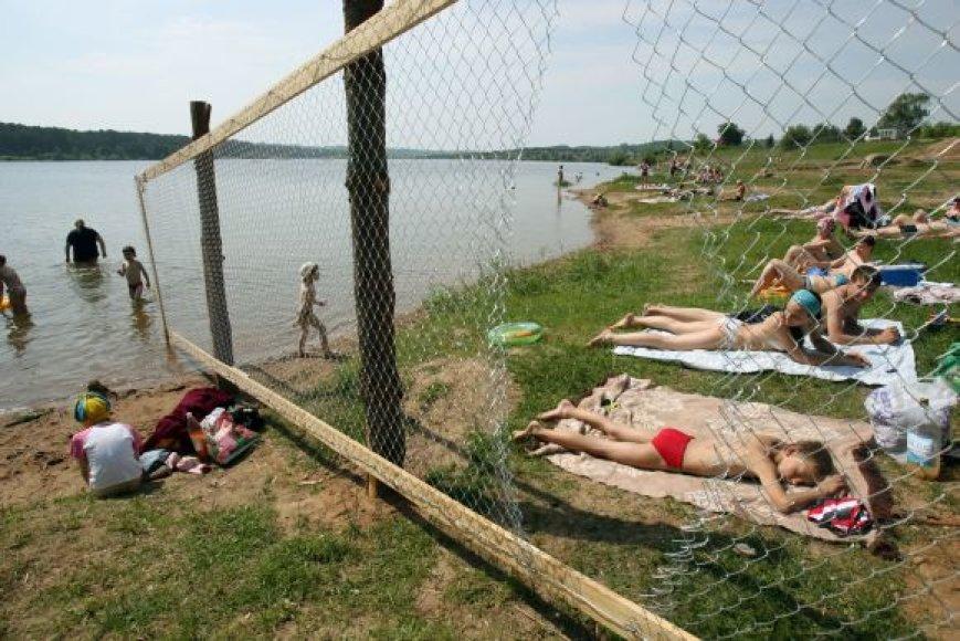Planuojama, kad kitą vasarą prie Lampėdžių karjero atvykę poilsiautojai jau galės vasaroti naujajame paplūdimyje.