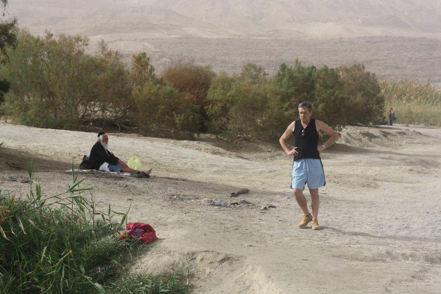 Vaido Mikaičio nuotr./Aleksas pakrantėje greta Negyvosios jūros