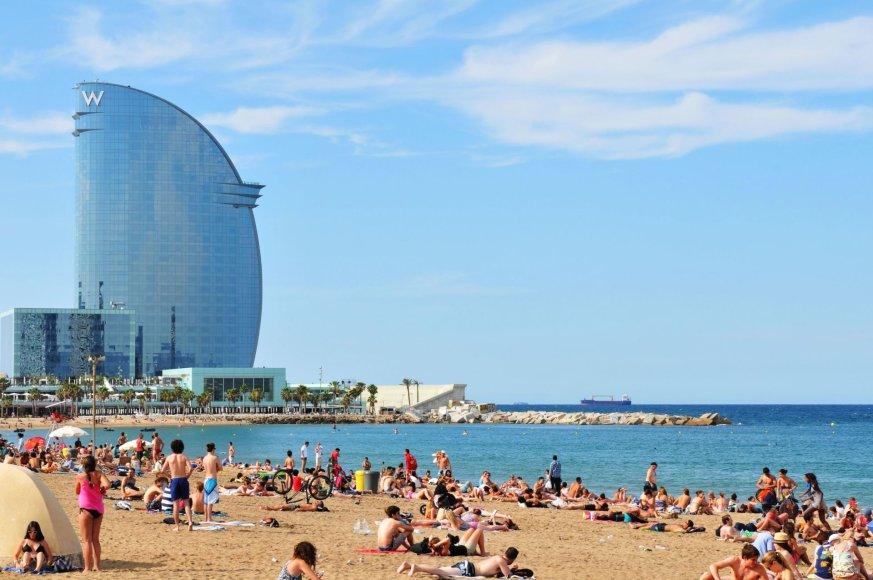 123rf.com /Barselonos paplūdimys