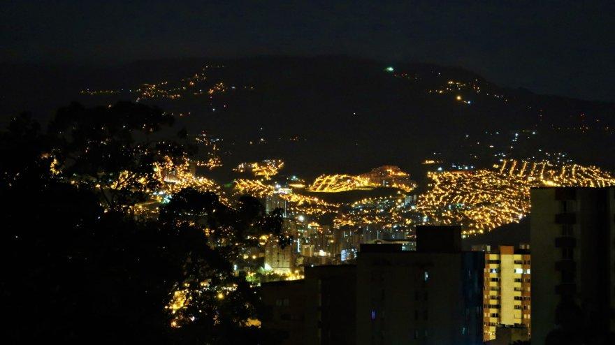Asmeninė nuotr./Naktinė Medeljino panorama