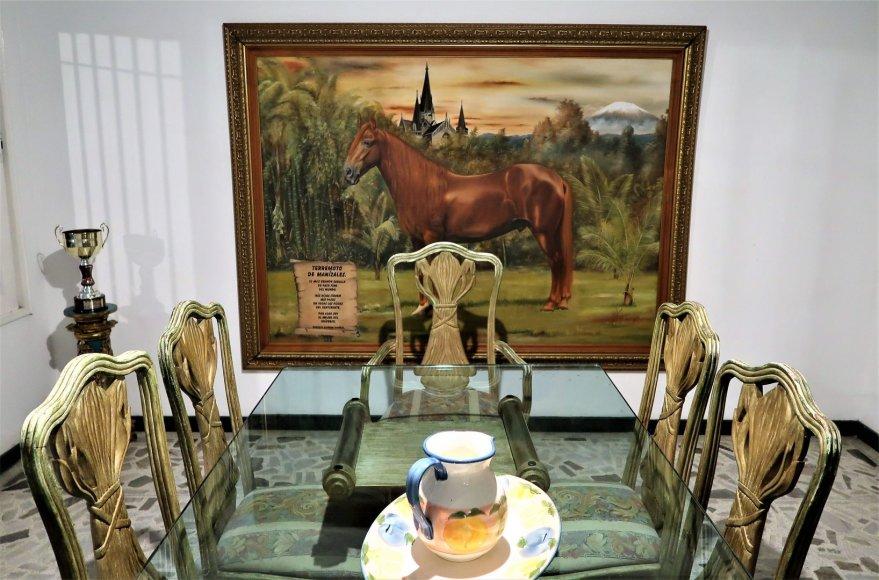 Asmeninė nuotr./Stalas, prie kurio P.Escobaras  šventė paskutinį savo gimtadienį ir valgė paskutinę vakarienę