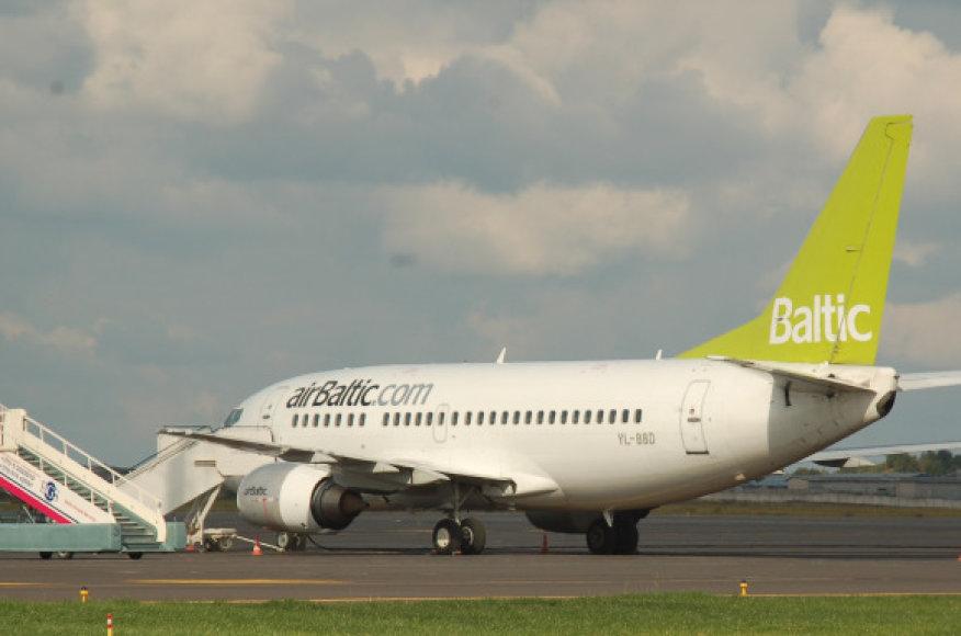Šiemet pajūryje sulaukta daugiau skrydžių ir keleivių.