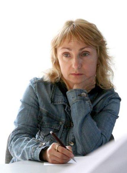 Šiemetinė I.Simonaitytės vardo premija atiteks rašytojai Elenai Karnauskaitei.
