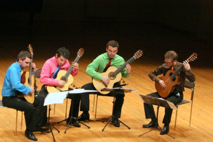 Baltijos gitaru kvartetas penktadienį gros klaipėdiečiams.