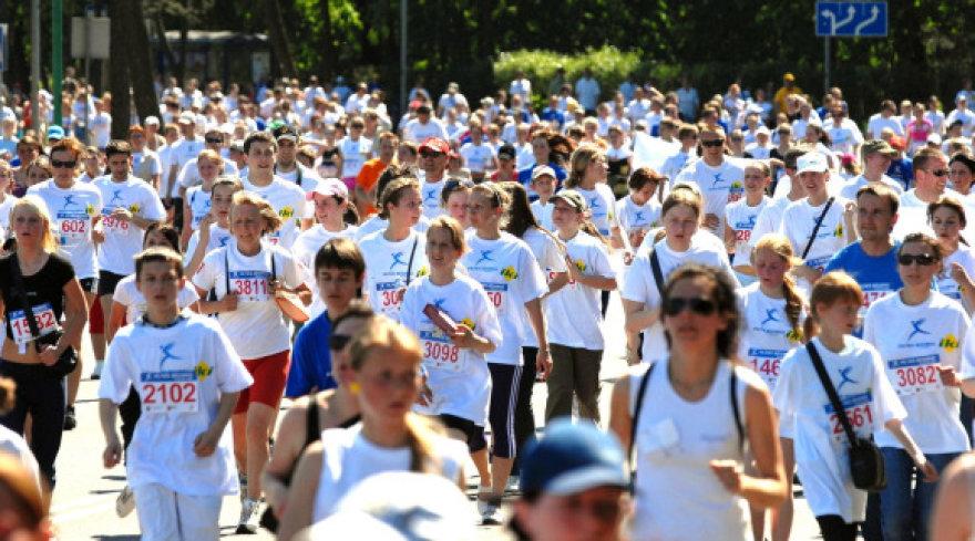 Tradicinis Vilties bėgimas, būsimojo onkologijos ligonių paramos centro statyboms paremti, pritraukia tūkstančius dalyvių.