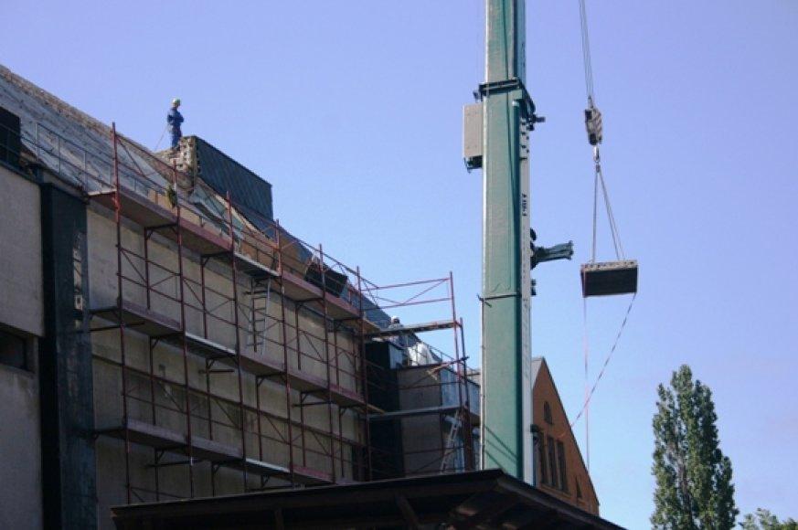 Klaipėdos dramos teatro priestatą su žeme sulyginti ketinama liepos viduryje.