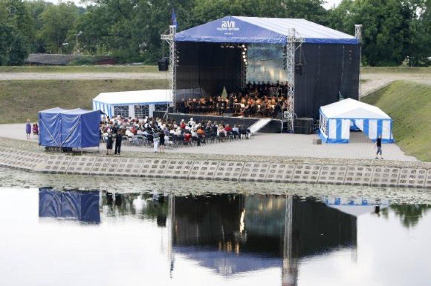 Klaipėdos valstybinis muzikinis teatras per Jūros šventę išbandė naują erdvę.