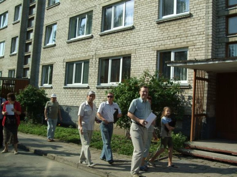 Komisija apžiūrėjo namus, pretenduončius tapti pavyzdingiausiu daugiabučiu Klaipėdoje.