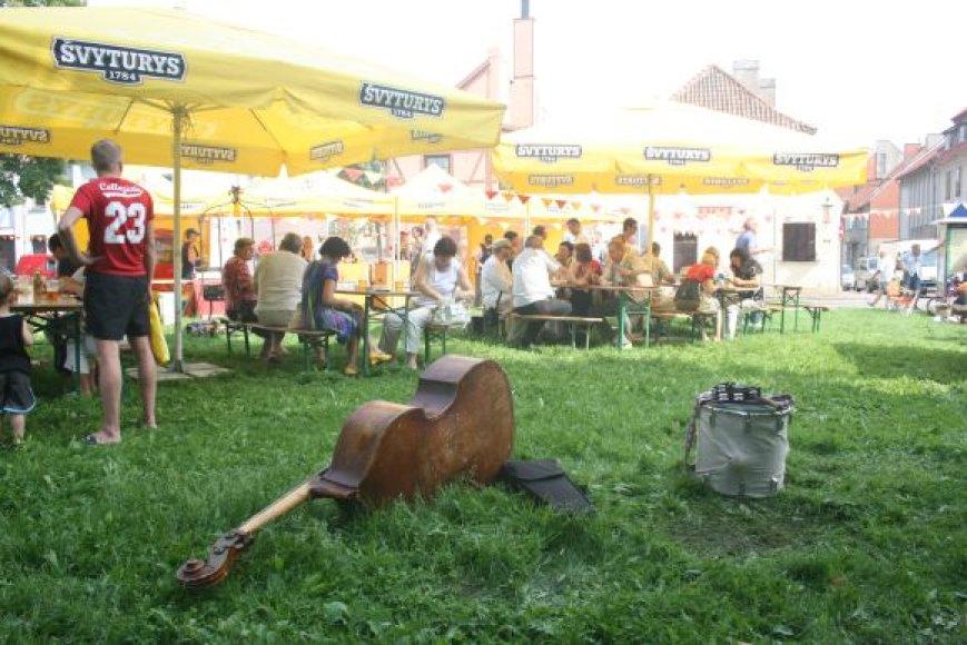 Mėsininkų gatvės šventė kvepėjo kepsniais.