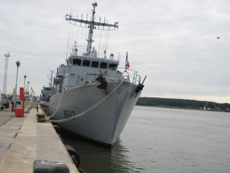 Klaipėdoje vieši Pranzūjos karinių jūrų pajėgų laivas, kurio pagrindinė užduotis - surasti ir nukenksminti minas.
