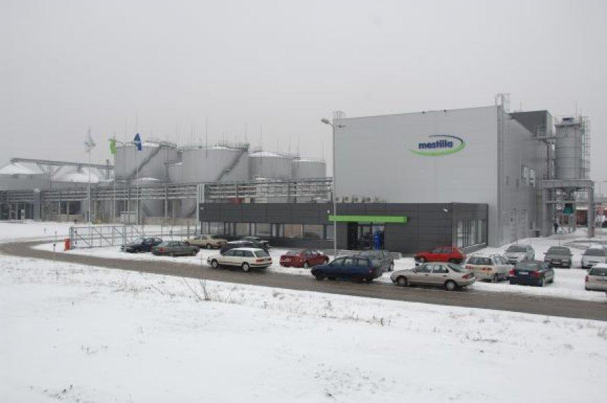 """""""Mestilla""""  gamykloje kasmet pagaminama apie 100 tūkst. tonų biodyzelino. Didžioji dalis gamyklos produkcijos yra eksportuojama."""