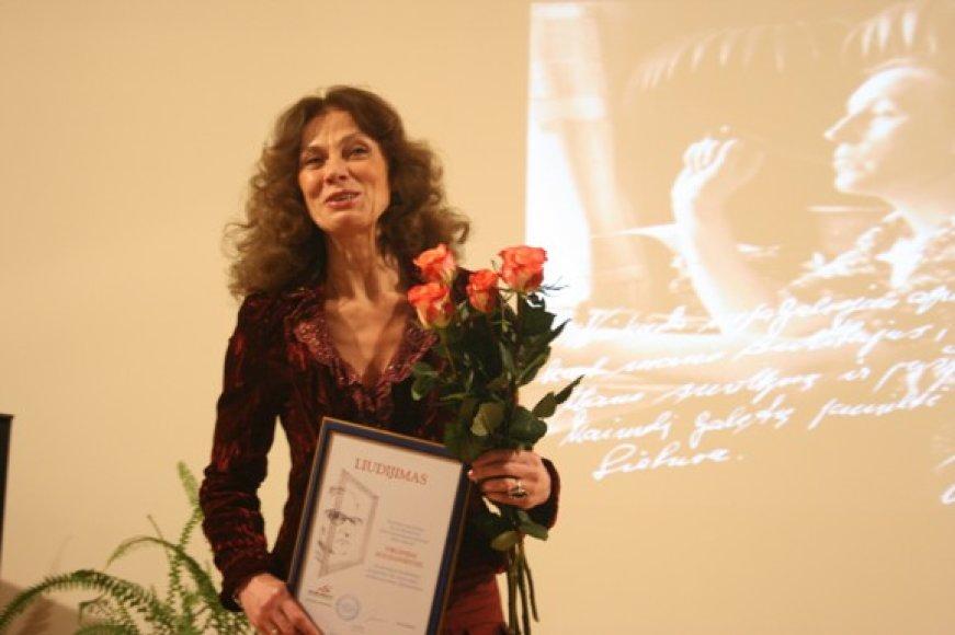 Aktorei Virginijai Kochanskytei įteikta I.Simonaitytės vardo premija.