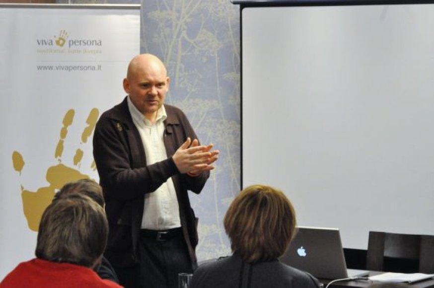 Fenotipologas M.Lučinas atvyksta skaityti paskaitų į Klaipėdą.