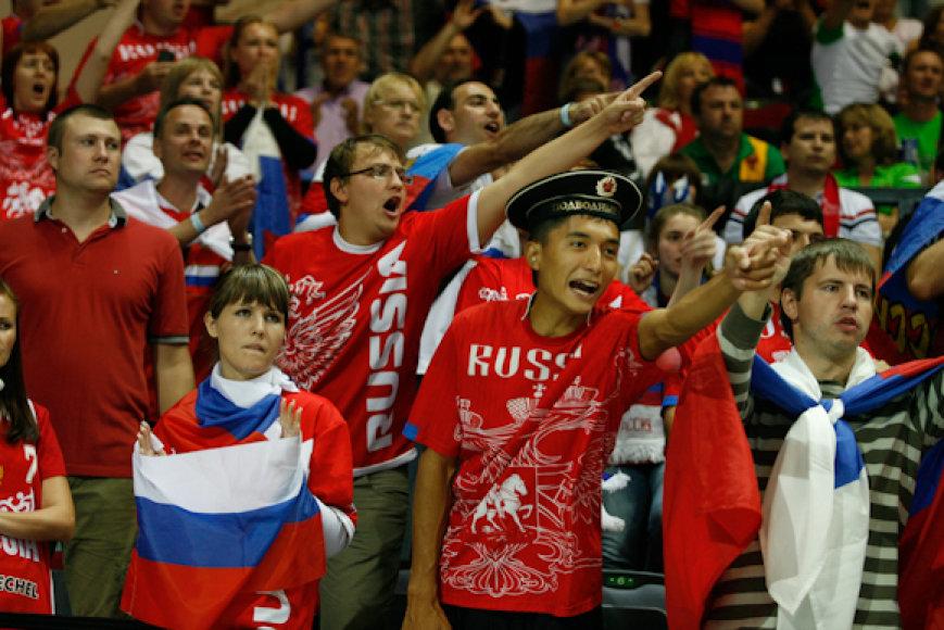 Rusijos sirgaliai jau parodė Klaipėdai savo jėgą.