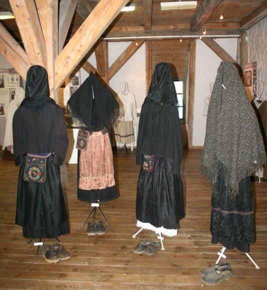 Mažosios Lietuvos istorijos muziejuje atveriama istorinio kostiumo ekspozicija.