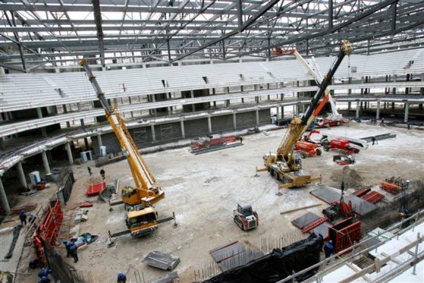 Net ir greitai nesulaukus ES paramos, arenos statybos neturėtų sutrikti, mat rangovas yra įsipareigojęs darbus tęsti net ir iki pusės metų negavęs atsiskaitymų.