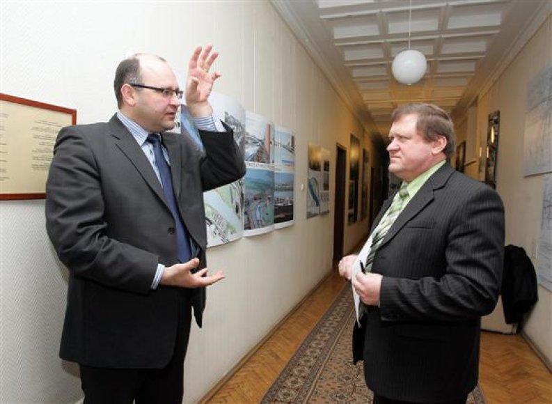 Ligoninės vadovas Kęstutis Mazurkevičius (kairėje) trečiadienį lankėsi savivaldybėje.
