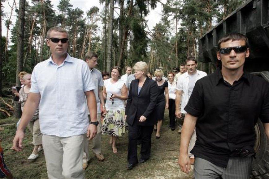 """Su kauniečiais vakar susitikusi prezidentė D.Grybauskaitė patikino, jog """"valstybė sunkią akimirką bus kartu su žmonėmis""""."""