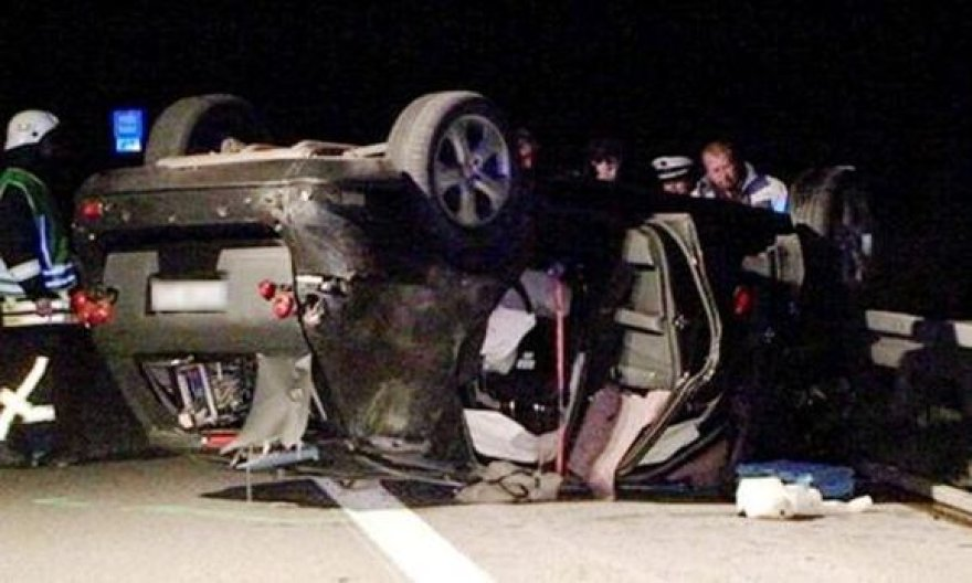 """Mercedes"" prototipo bandymas baigėsi skaudžia avarija"