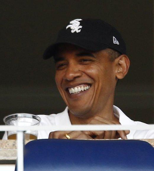 Barackas Obama su dukromis