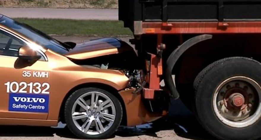 """""""Volvo"""" nesėkmingas pristatymas"""