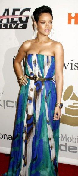 Foto naujienai: Rihanna ir Chrisas Brownas. Kumščiu palaiminta meilė