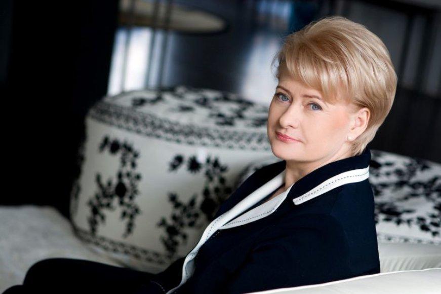 Foto naujienai: Dalia Grybauskaitė: žinau, kad lipu į šaltą vandenį