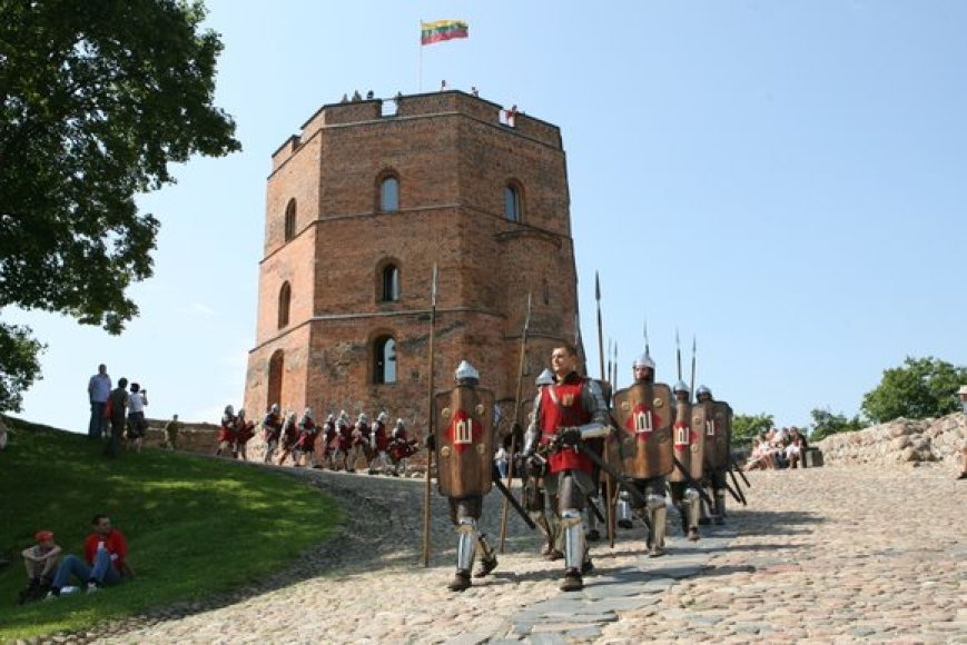 Nuo Gedimino pilies kariai iškeliavo į Griunvaldo lauką Lenkijoje.