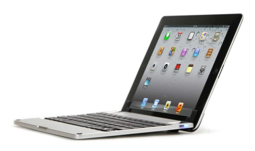 """""""Brydge"""" dėklas paverčia """"iPad"""" nešiojamuoju kompiuteriu."""