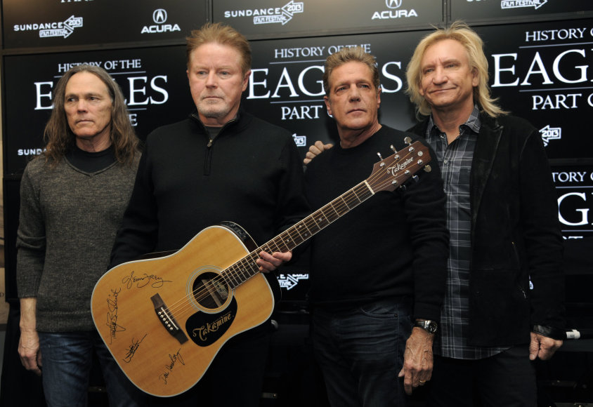 """""""Scanpix"""" nuotr./Glennas Frey (antras iš dešinės) su grupe """"The Eagles"""""""