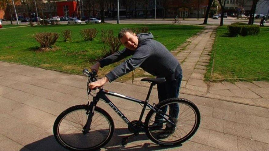 Deivydas Zvonkus įsigijo dviratį
