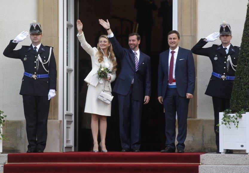 Princas Guillaume'as ir grafaitė Stephanie de Lannoy (centre)