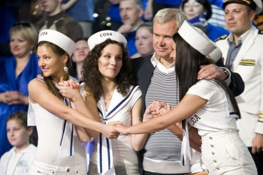 """LNK projekto """"Lietuvos supermiestas"""" finale dalyvavo ir trimitą pūtė Klaipėdos meras Vytautas Grubliauskas."""