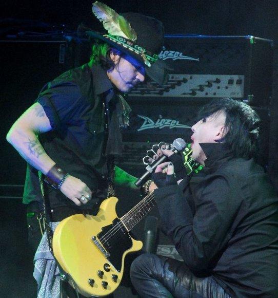 Johnny Deppas ir Marilyn Mansonas