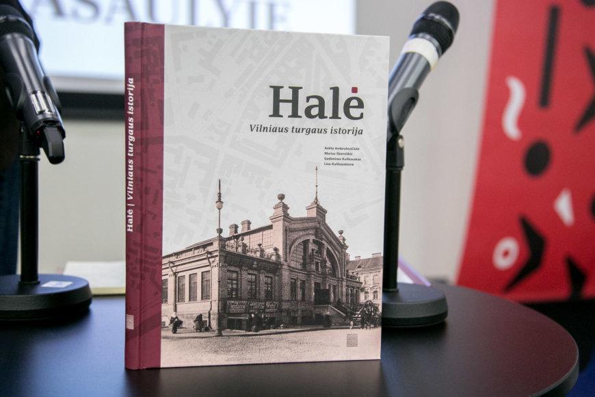 """Juliaus Kalinsko / 15min nuotr./Knygos  """"Halė. Vilniaus turgaus istorija"""" pristatymas"""