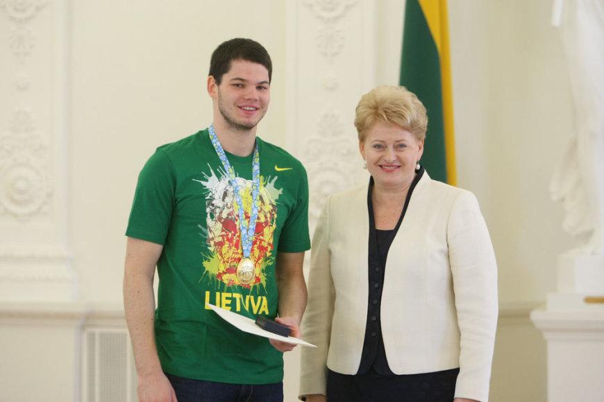Dalia Grybauskaitė pasveikino krepšininkus