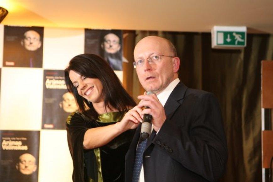 Pasveikinti Arūno Valinsko susirinko buvę ir esami draugai bei bendražygiai.