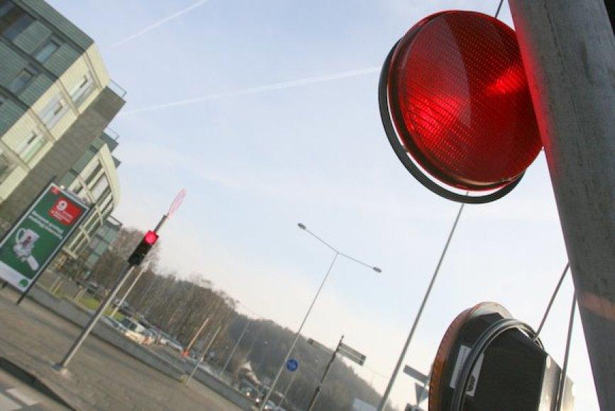 Vilniuje vėl nuverstas šviesoforas